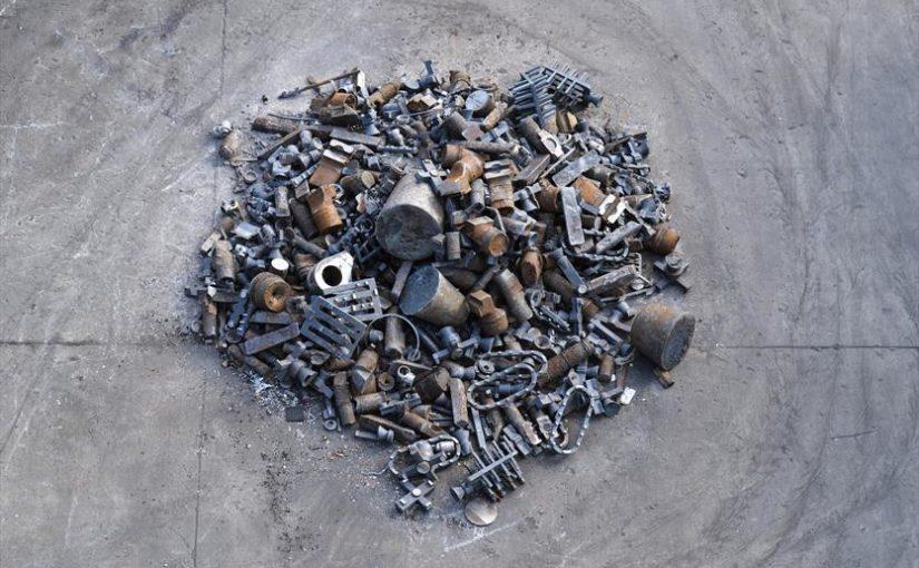 Segregacja śmieci jako jeden ze sposobów na ochronę środowiska –  czy konsument wybiera artykuły, które mogą być kolejny raz spożytkowane?